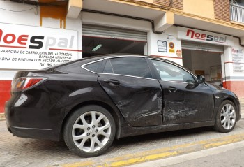 Mazda golpe lateral